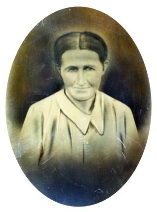 Dovie Ellen Love, daughter of Henderson Love who died in the civil war.